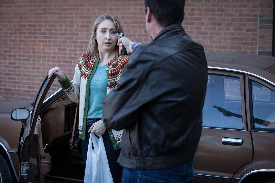 Die 20-jährige Wendy (Cassondra Padfield, l.) wird in einem Vorort von Maryland überfallen und vergewaltigt. Das Verbrechen ist jedoch von Anfang an... - Bildquelle: Diego Garcia Cineflix 2014