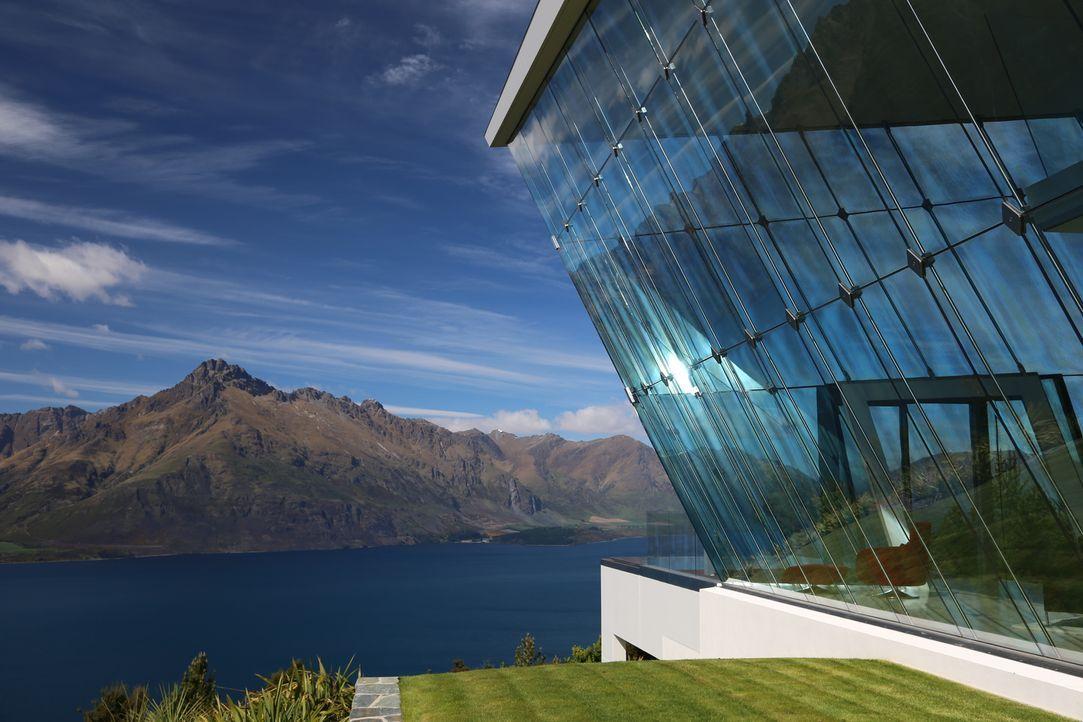 In Neuseeland hängt ein Haus von einer Klippe in schwindelerregender Höhe, i... - Bildquelle: 2012, Pioneer Productions / Courtesy of HGTV
