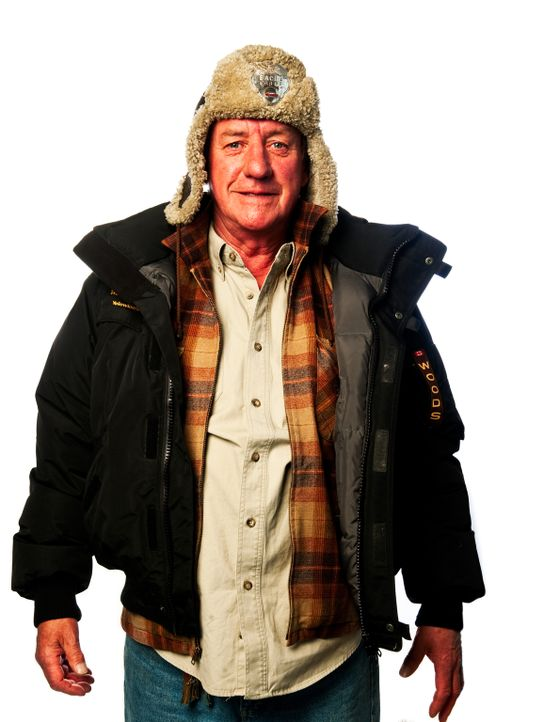 """(4. Staffel) - """"Ice Pilots"""": Die abenteuerlustige Crew der """"Buffalo Airlines"""" trotzen bei ihrer Arbeit eisigen Temperaturen und Unwettern, um Mensch... - Bildquelle: 2009 Ed Araquel"""