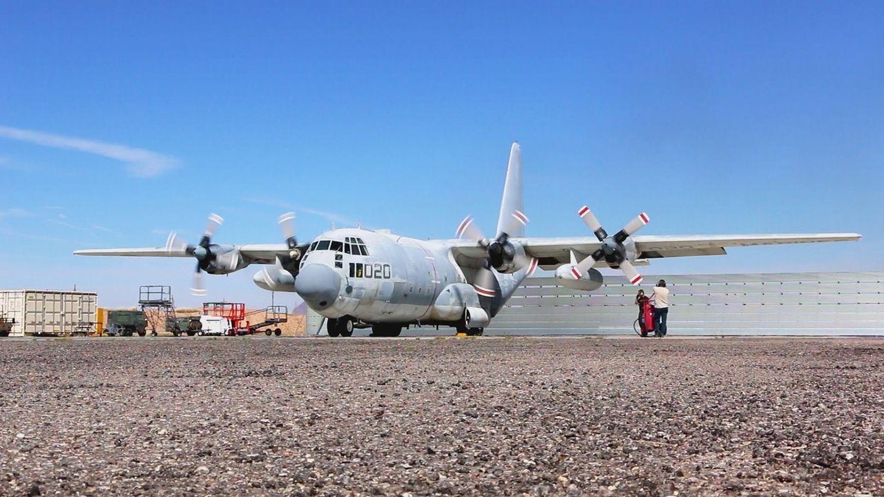 Die letzte Landung: auf dem Flugzeugfriedhof werden die ehemaligen Luftfahrzeuge ausgeschlachtet ... - Bildquelle: kabel eins Doku