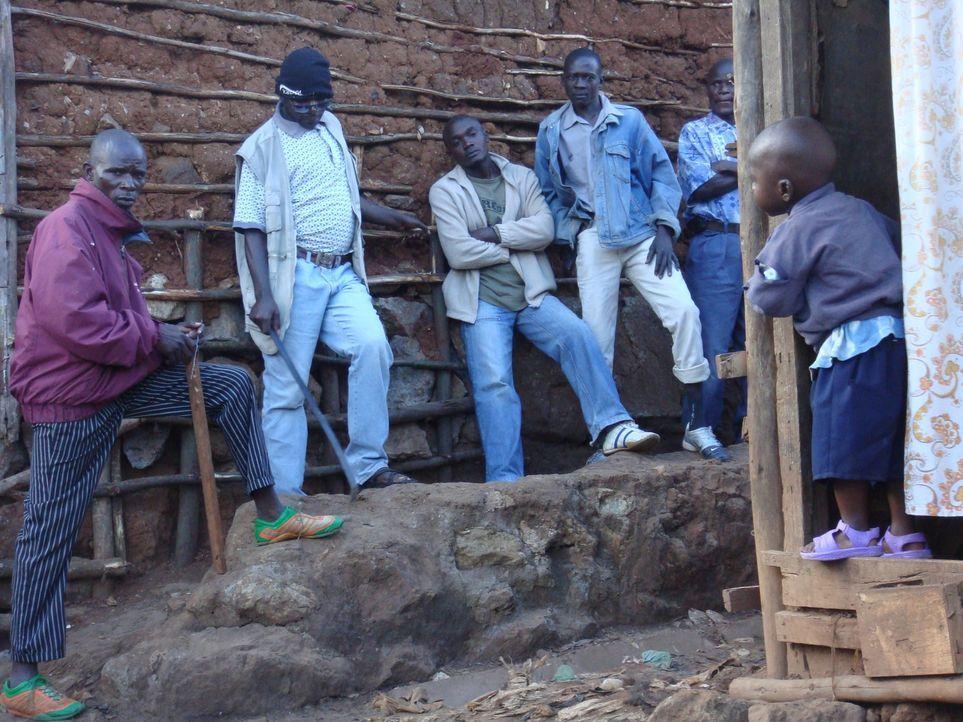Die Mungiki sind nicht nur die gefährlichste Gang der Welt, sie sind auch berühmt-berüchtigt für ihre Enthauptungen und Folter ... - Bildquelle: IMG Entertainment 2008