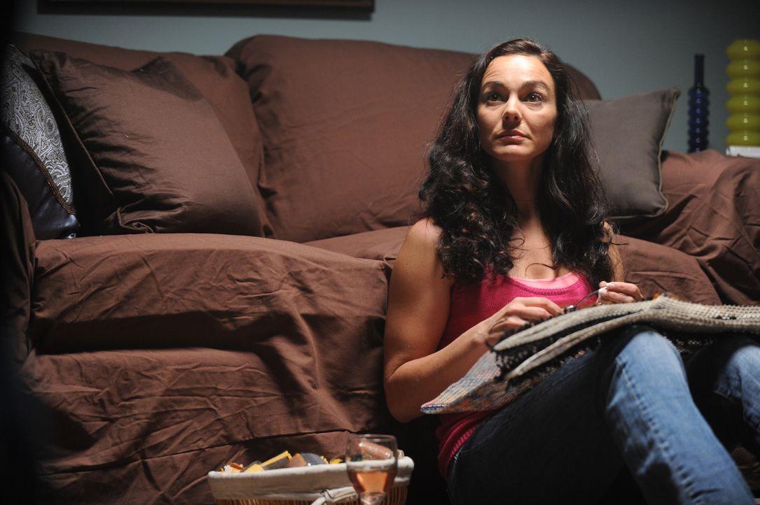 Was geschah wirklich bei den zwei Dates, die Jeanine Harms (Adrian Ivonne Cowan) an dem Abend hatte, an dem sie aus ihrer Wohnung verschwand? - Bildquelle: Jag Gundu Cineflix 2012
