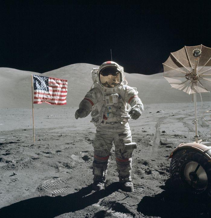 Mit atemberaubenden NASA-Archivmaterial und Experteninterviews mit Weltraumwissenschaftlern zeigt diese Doku die 10 größten Erfolge der NASA ... - Bildquelle: NASA