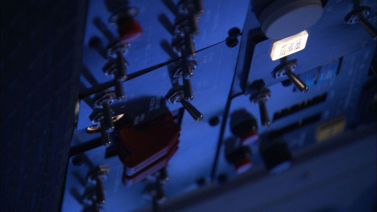Dezember, 1991: Die Passagiere des Scandinavian Airlines Flugs 751 warten auf den Start. Die Temperaturen in Stockholm sind weit unter null Grad und... - Bildquelle: Cineflix 2010
