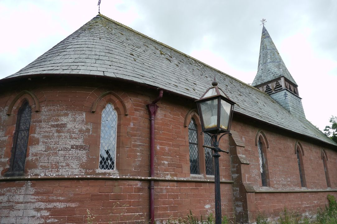 Phil und Joanne Evans setzen finanziell alles auf eine Karte, als sie eine alte Kirche kaufen, um daraus ihr Traumhaus entstehen zu lassen. - Bildquelle: Tiger Aspect Productions Ltd MMXIV  Tiger Aspect Productions Ltd MMXIV