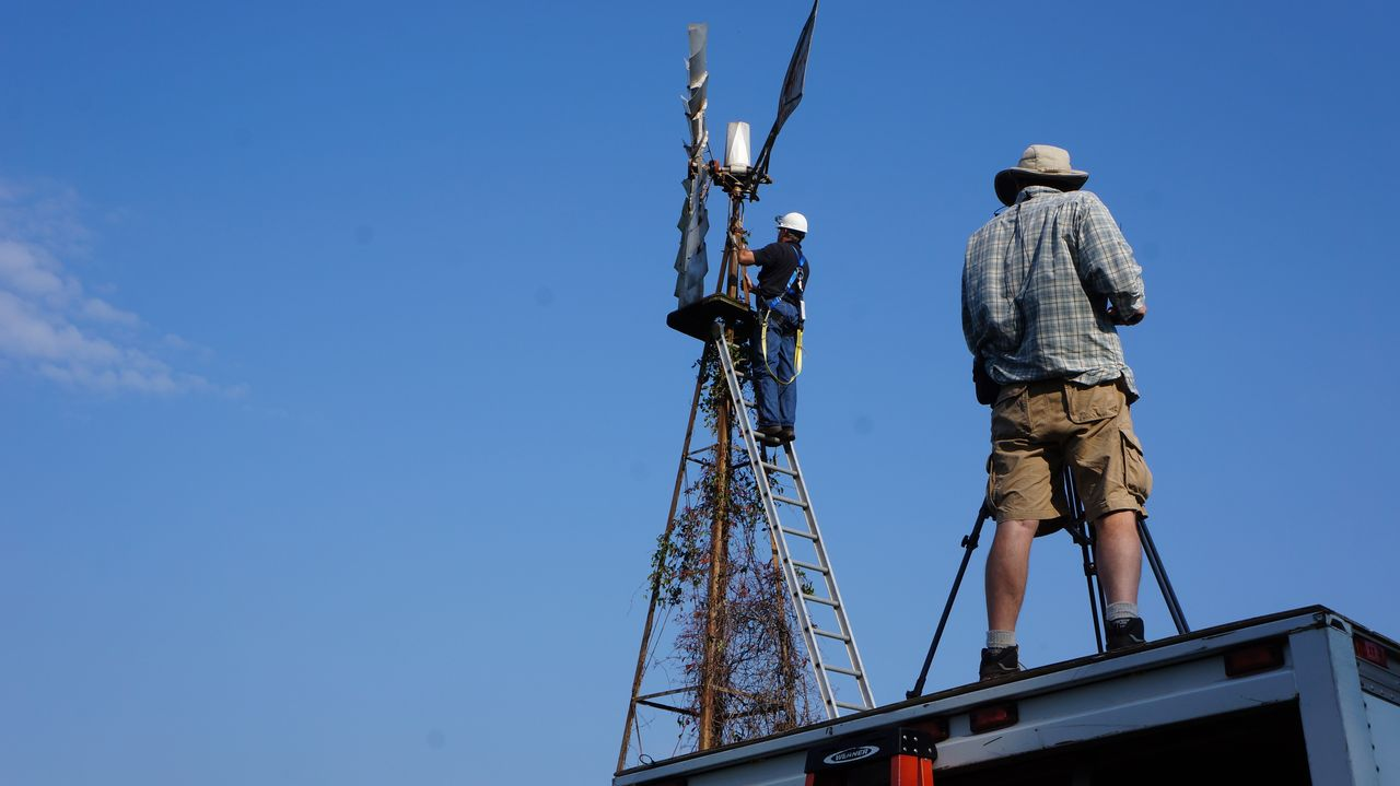 Kampf gegen die Windmühle - Bildquelle: 2015, DIY Network/Scripps Networks, LLC. All Rights Reserved.