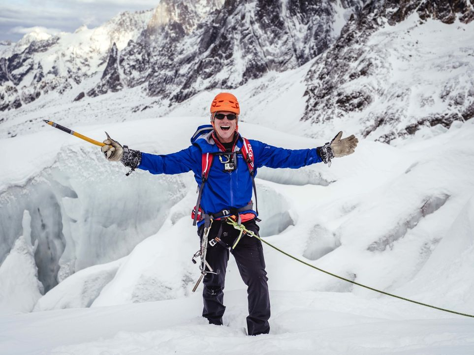 Bill Weir reist in die französischen Alpen. Mit einheimischen Bergführern und Umweltschützern wandert er zwischen eisigen Gipfeln, Schneefeldern und... - Bildquelle: Philip Bloom 2015 Cable News Network. A Time Warner Company. All Rights Reserved.