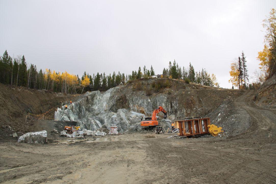 Der Großteil der 35-Bewohner von Jade Ciry arbeitet in der Mine von Claudia und Robin Bunce. Natürlich hoffen alle auf den ganz großen Fund ... - Bildquelle: JADE PRODUCTIONS LTD.