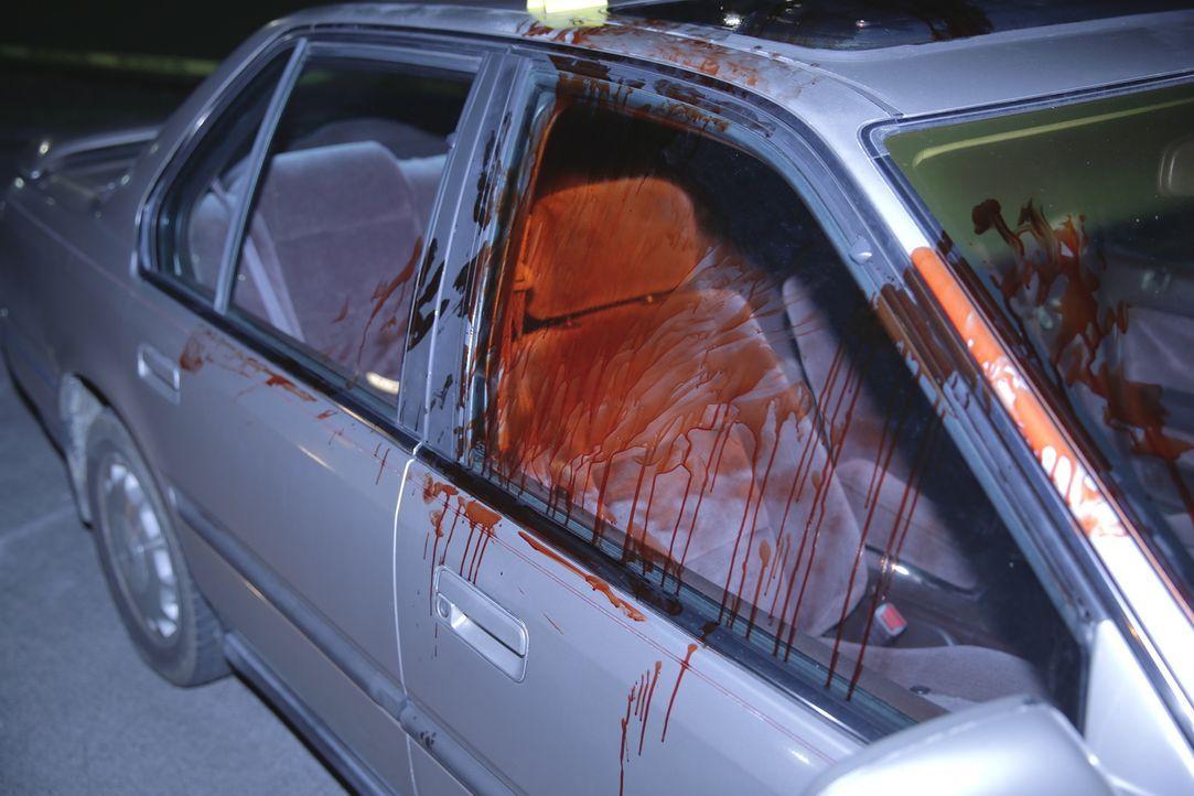 Blutiges Drama: Ein beliebter Army-Veteran wird tot aufgefunden - verblutet auf einem dunklen Parkplatz. Seine Brust übersät mit unzähligen Messerst... - Bildquelle: MMXV DISCOVERY COMMUNICATIONS, LLC