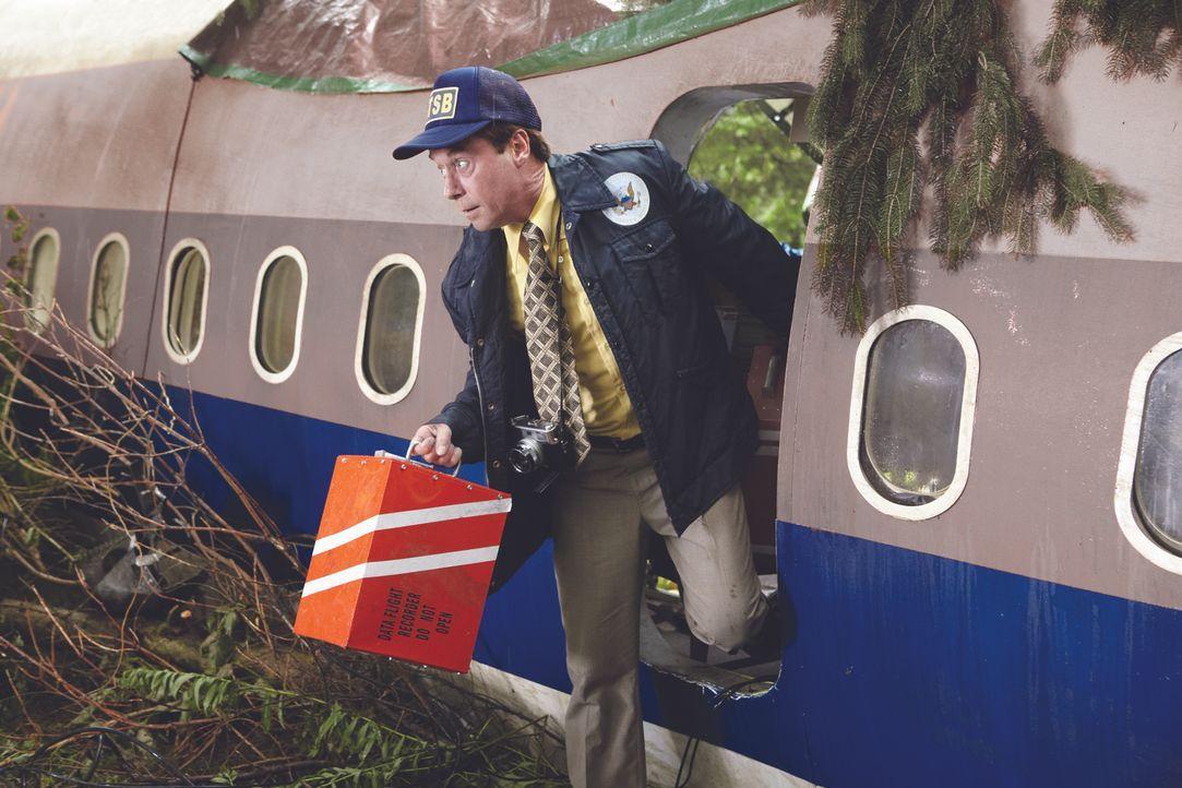 Was führte zum Absturz des Fluges 173 der United Airlines? Die Ermittler erhoffen sich wichtige Erkenntnisse bei der Auswertung des Flugdatenschreib... - Bildquelle: Ian Watson Cineflix 2012