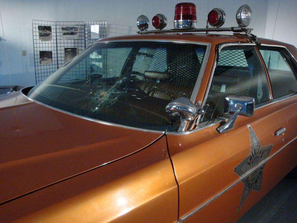 In dieser Folge beleuchtet Don Wildman die bizarre Geschichte eines Polizeiwagens aus dem Jahr 1970. - Bildquelle: 2012,The Travel Channel, L.L.C. All Rights Reserved