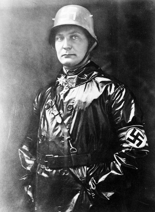 Hitlers Stellvertreter und Chef der Luftwaffe: Hermann Göring, war maßgeblich an der Gründung der Gestapo beteiligt und gemeinsam mit Heinrich Himml... - Bildquelle: Keystone/Getty Images