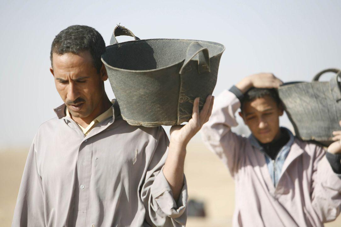 Lebensgefährlich: In Ägypten restaurieren Mumienjäger die Step-Pyramide, die älteste der Welt. Was wird dabei über unsere Vergangenheit zum Vorschei... - Bildquelle: Shawn Baldwin
