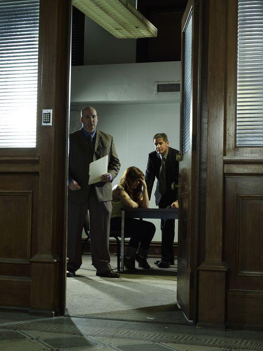 Die Arbeit der Ermittler in den ersten 48 Stunden nach einem Verbrechen ist oft entscheidend für die Klärung von Mordfällen, Überfällen, Vergewaltig... - Bildquelle: A&E Television Networks