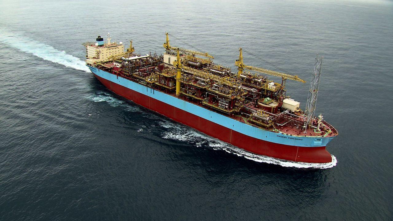 """Die weltweit größte Containerschiff-Reederei Maersk baute mit dem """"Peregrino"""" das neueste und anspruchsvollste Ölförderschiff unserer Zeit. Es nimmt... - Bildquelle: Exploration Production Inc."""