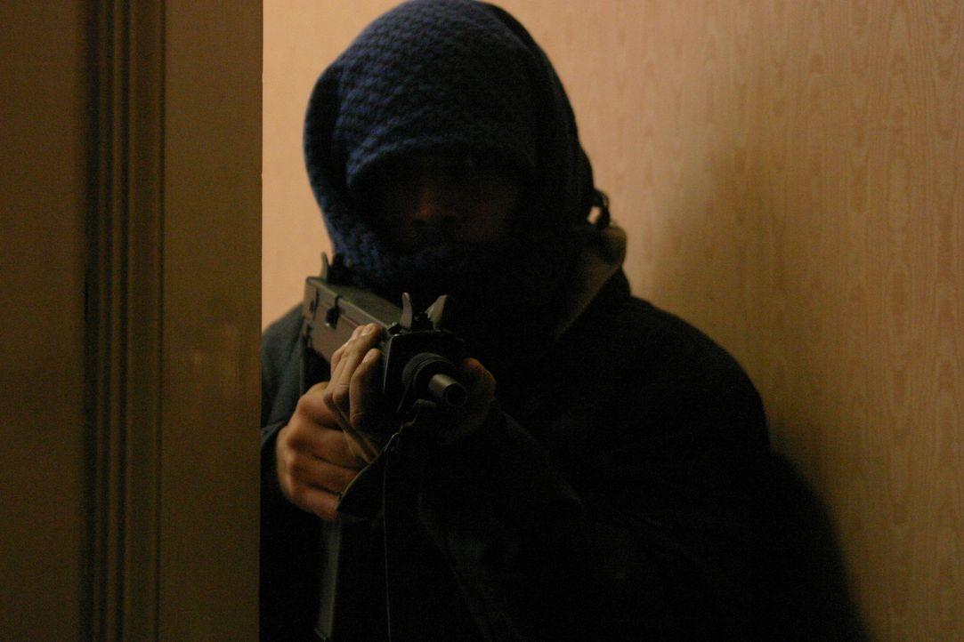 1980 stürmte die britische Spezialeinheit SAS die iranische Botschaft in London, um Geiseln zu befreien, die dort sechs Tage lang von Terroristen fe... - Bildquelle: James Leigh 2008 DANGEROUS FILMS