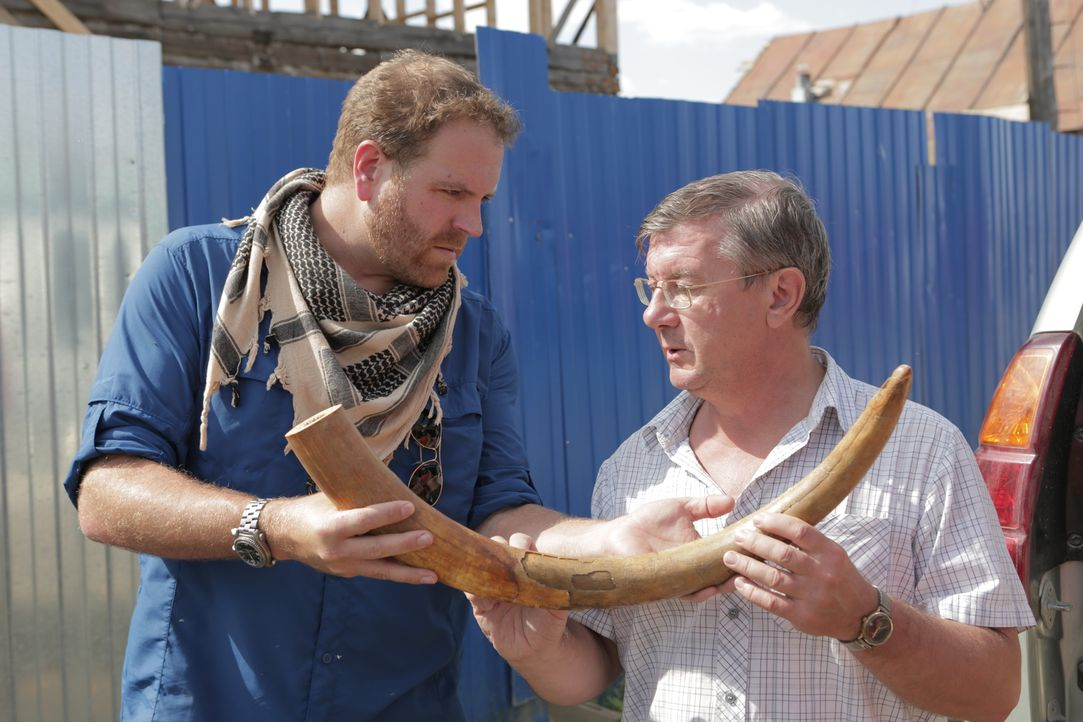 Josh Gates (l.) - Bildquelle: 2016, The Travel Channel, L.L.C. All Rights Reserved.