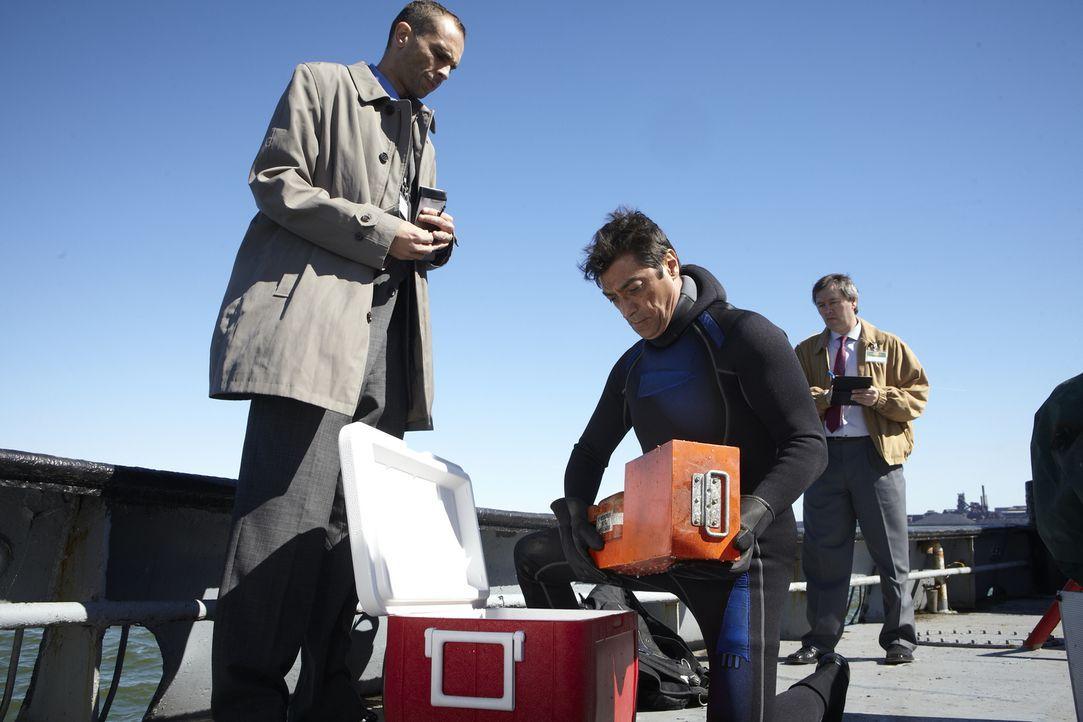 Black Box gefunden: Die Ermittler hoffen, dass der Voice Recorder von Ethiopian Airlines Flug 409 die entscheidenden Beweise liefert, warum die Masc... - Bildquelle: Ian Watson Cineflix 2012
