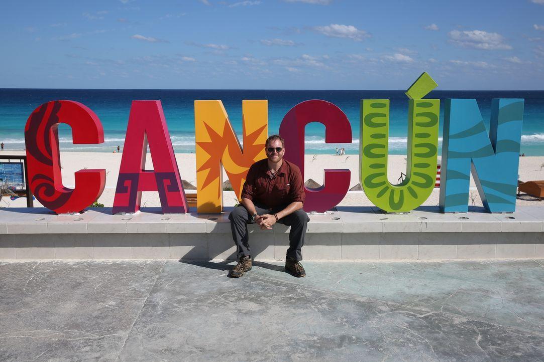 In Cancún begibt sich Josh auf die Suche nach Antworten auf die brennende Frage, warum das prächtige Reich der Maya untergegangen ist ... - Bildquelle: 2015, The Travel Channel, L.L.C. All Rights Reserved.