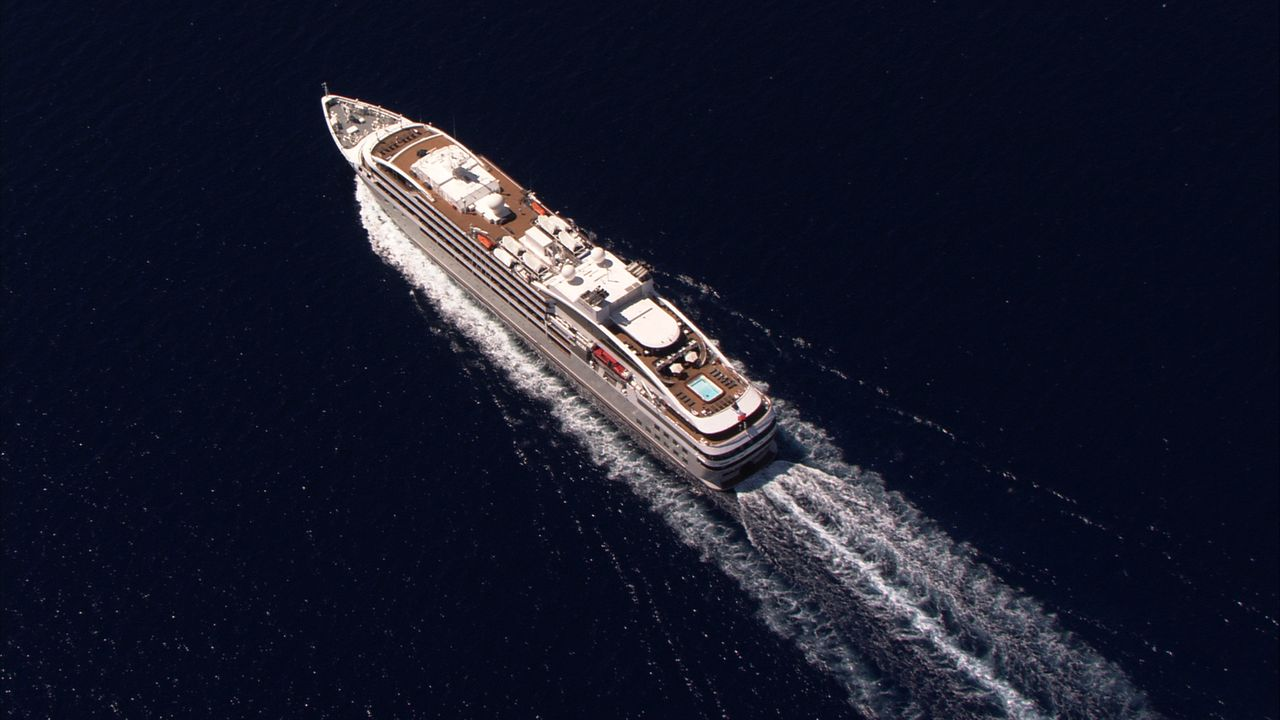 Ein ganz besonderer Luxuskreuzer: die Le Soléal ... - Bildquelle: Exploration Production Inc.