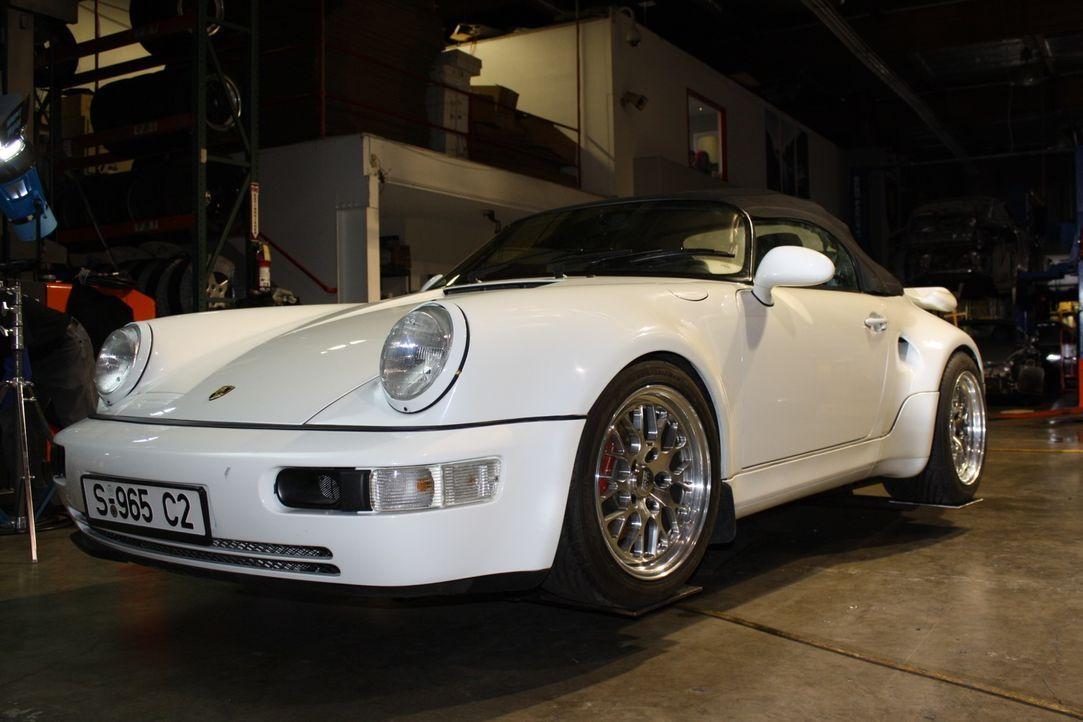 Heute werden drei Porsche-Wägen verwertet, die nach mehreren Unfällen nun un... - Bildquelle: NGT