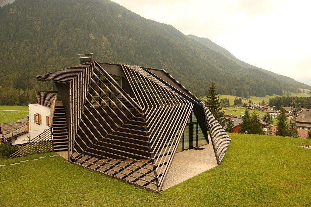 Heute gibt es ein Haus in Holland zu bestaunen, das die Form eines menschlic... - Bildquelle: 2012, HGTV/Scripps Networks, LLC. All Rights Reserved
