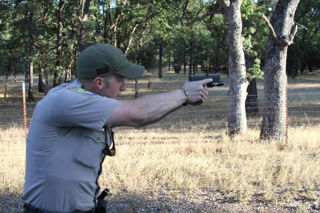 Die Saison für die Hirschjagd ist vorbei, doch daran will sich in Kalifornie... - Bildquelle: Susu Hauser 2012 - Original Productions LLC.