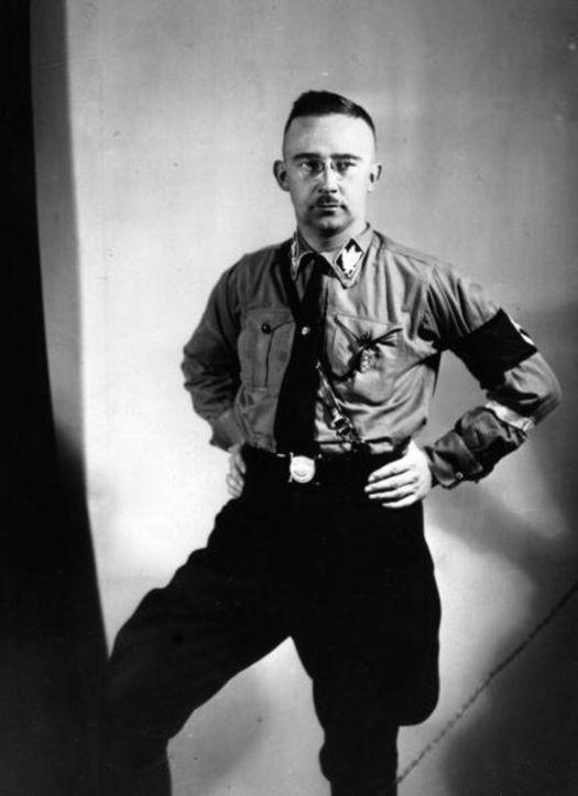 Er gehört zu den schlimmsten Verbrechern des Nationalsozialismus: Heinrich Himmler - Bildquelle: Keystone/Getty Images