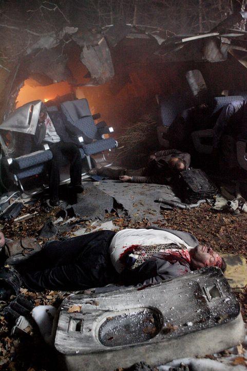 Das Unglück auf dem Odilienberg: Hoch über den Bergen der hügeligen Elsass-Region in Frankreich haben die Piloten eines Airbus A-320 am 20. Januar 1... - Bildquelle: Ian Watson Cineflix 2009