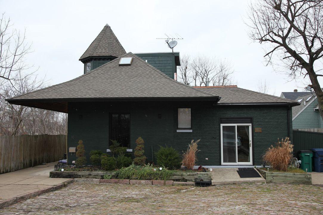 Die heutigen Hausbesitzer haben unter anderem ein altes Hilfswerk in ein gem... - Bildquelle: 2013, HGTV/Scripps Networks, LLC. All Rights Reserved.