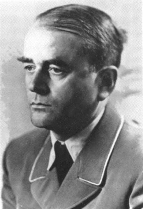 Nach der Machtübernahme der Nationalsozialisten wird der Architekt Albert Speer (Bild) von Joseph Goebbels mit dem Umbau des Propagandaministeriums...