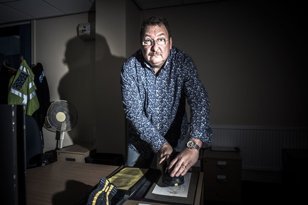 Kriminalbeamter Dave Brecknock - Bildquelle: RYAN MCNAMARA 2014
