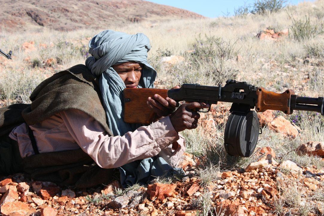 Neun Männer der britischen Spezialeinheit SAS wurden 1972 in Oman von feindlichen Truppen angegriffen. Wie konnten sie damals der Überzahl an Gegner... - Bildquelle: James Leigh 2008 DANGEROUS FILMS