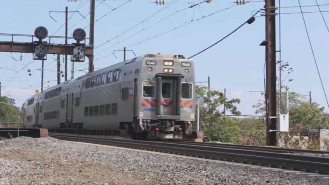 Konstruktionsfehler oder menschliches Versagen: Warum entgleist auf der verkehrsreichsten S-Bahn-Linie in Amerika in nur sechs Monaten zweimal ein Z... - Bildquelle: 2015 A&E TELEVISION NETWORKS, LLC. ALL RIGHTS RESERVED.