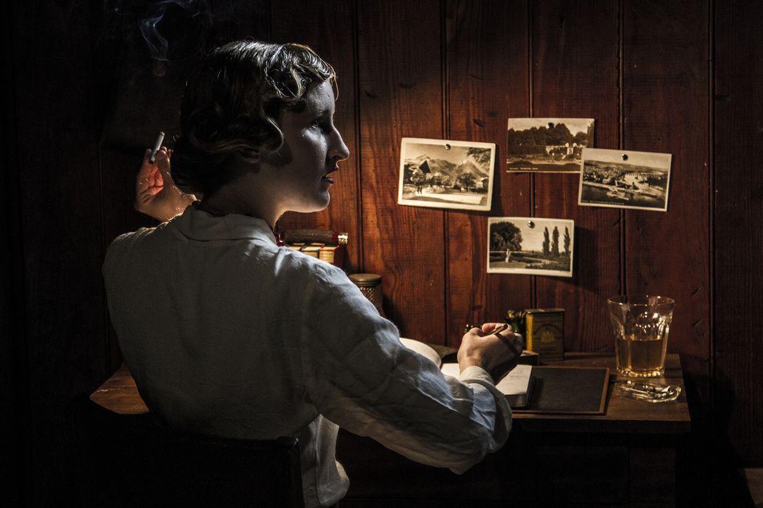 Bonnie Parker verübte mit Liebhaber Clyde Barrow unzählige Überfälle und sogar Morde während der Weltwirtschaftskrise in den USA. Zahlreiche Verfilm... - Bildquelle: 2015 REELZCHANNEL, LLC.  All Rights Reserved.
