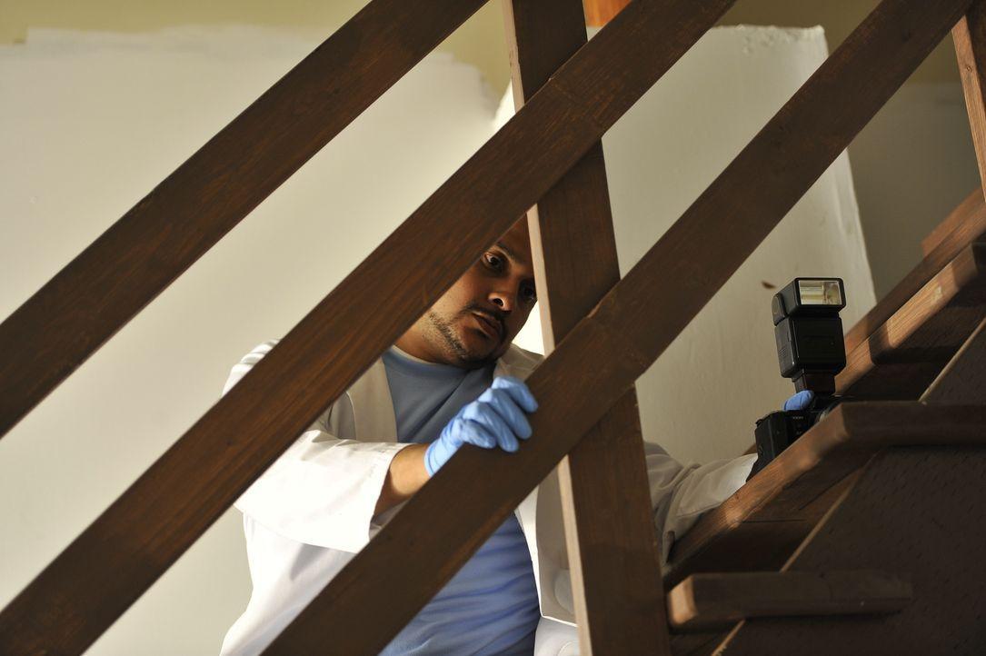 Der Tatort wird untersucht, um den Mörder von Arturo Gatti schnellstmöglich zu fassen ... - Bildquelle: Jag Gundu Cineflix 2012