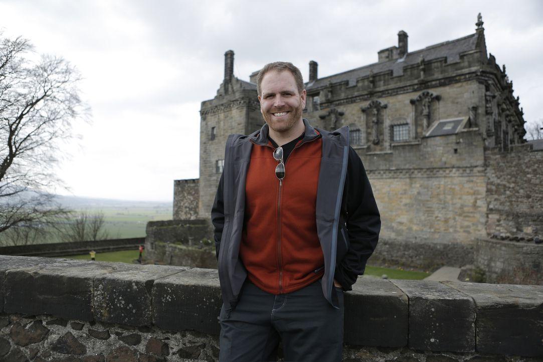 In England, Schottland und Wales will Josh Gates mehr über König Artus und die Ritter der Tafelrunde erfahren. Dafür bahnt er sich in Wales sogar se... - Bildquelle: 2015,The Travel Channel, L.L.C. All Rights Reserved