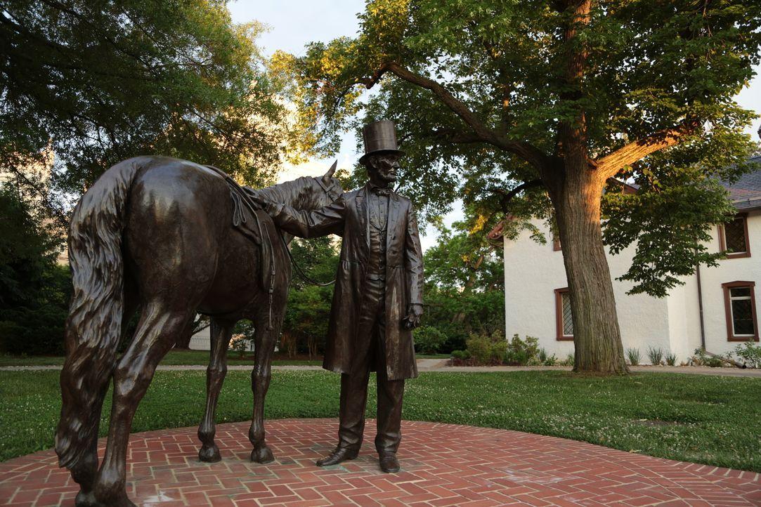In Washington D.C. taucht Abraham Lincoln überall auf, auch wenn es für viele Touristen nicht auf den ersten Blick ersichtlich ist. Somit ranken sic... - Bildquelle: Indigo Films/ DCL