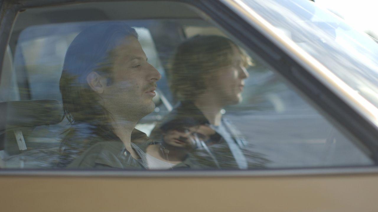 Killer-Kommando: Gary Oliver (l.) und Andrew Granger (r.) bekommen den Auftrag, Howard Witkin zu töten. Doch wer hat ihn bezahlt und steckt hinter d... - Bildquelle: LMNO Cable Group