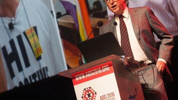 """Bill Gates während der """"International Aids Conference"""" in Südafrika."""
