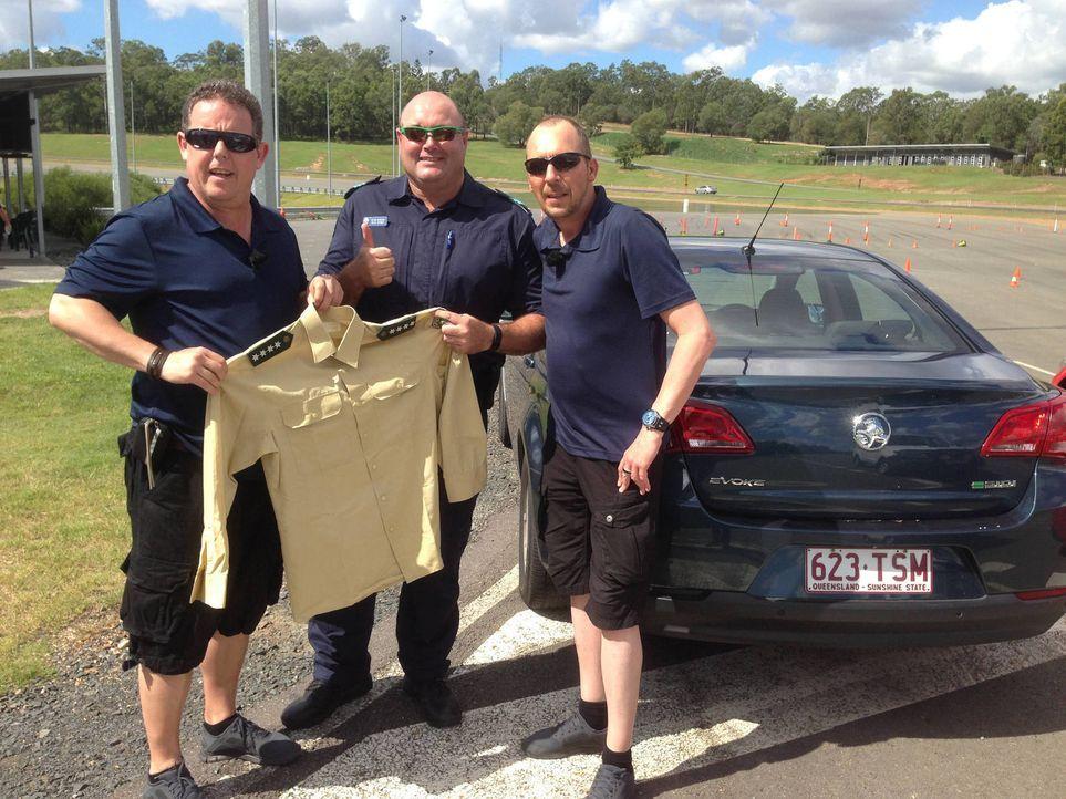 Bei der Police Academy Brisbane steht der Abschlusstest der Rekruten an - Toto (l.) und Harry (r.) sind mitten drin ... - Bildquelle: kabel eins