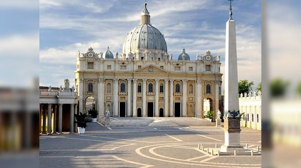 Der Vatikan ist mit knapp 0,44 Quadratkilometern Fläche der kleinste souverän...