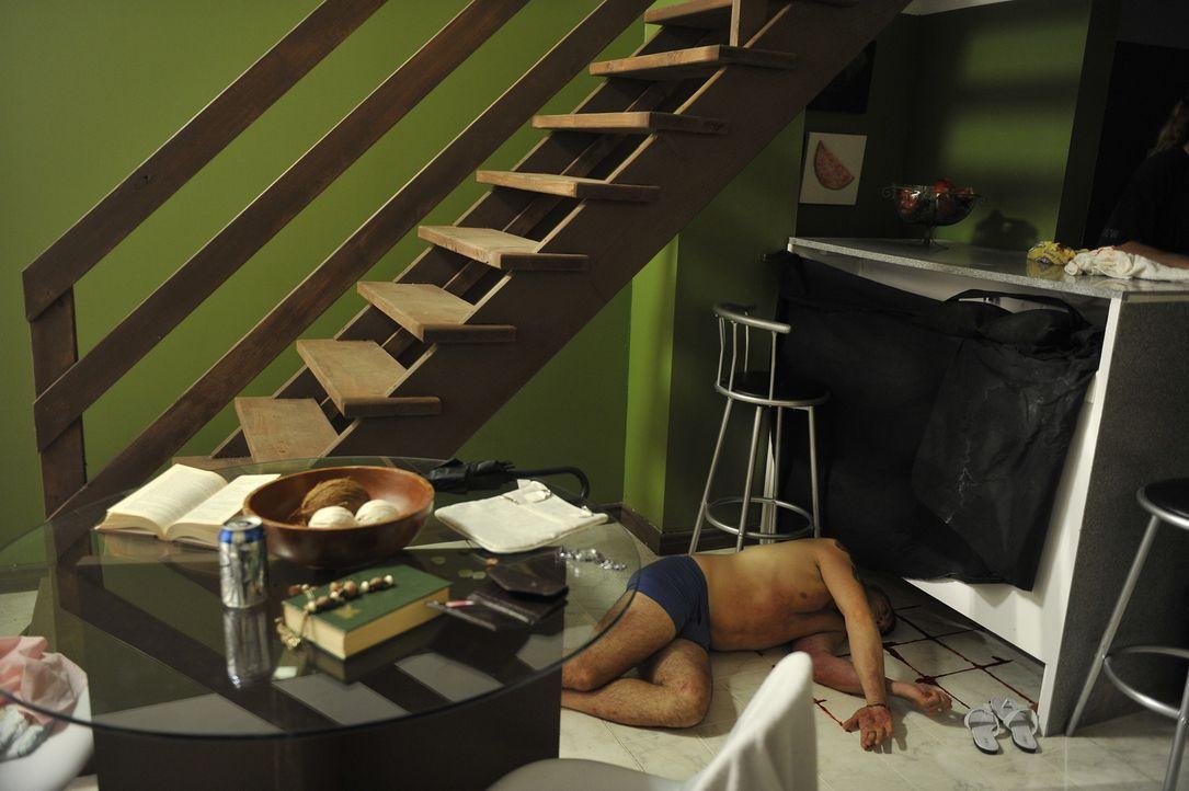 Ermordet: Arturo Gatti (Jeremy Filosa). Doch wer steckt hinter dieser Tat? - Bildquelle: Jag Gundu Cineflix 2012
