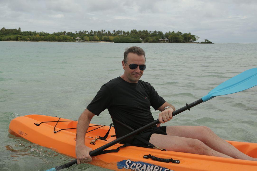 Tom Waes bereist die Inseln der Inselgruppe Vanuatu. Damit geht der Journalist jedoch ein großes Risiko ein, denn Vanuatu steht auf Platz eins des U... - Bildquelle: 2013 deMENSEN