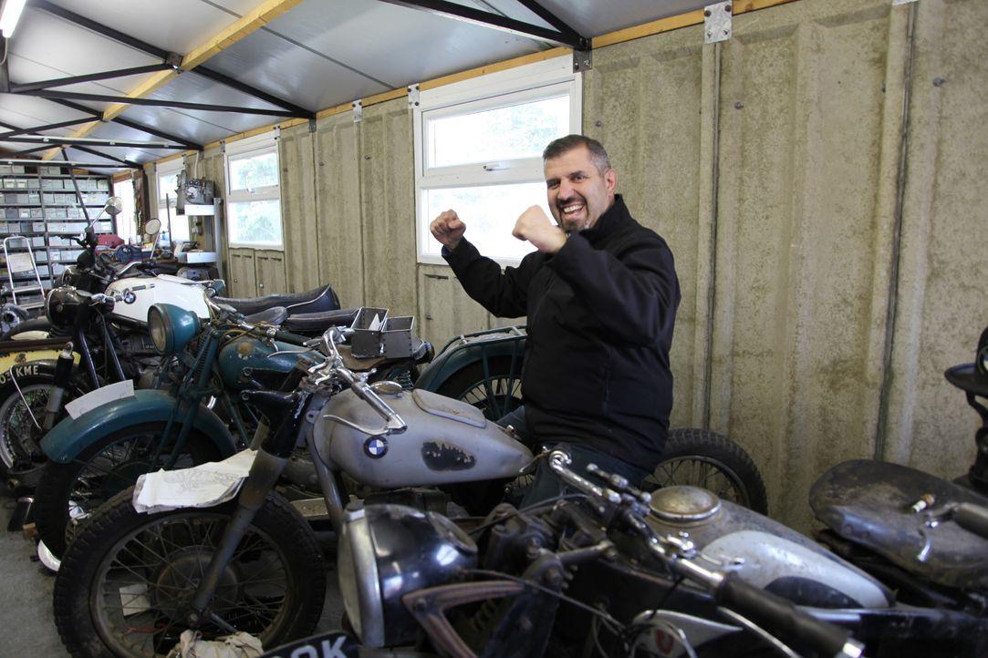 Alte Panzer, antike Uniformen, Kriegsgerätschaften aus vergangenen Jahrzehnt... - Bildquelle: WAG TV