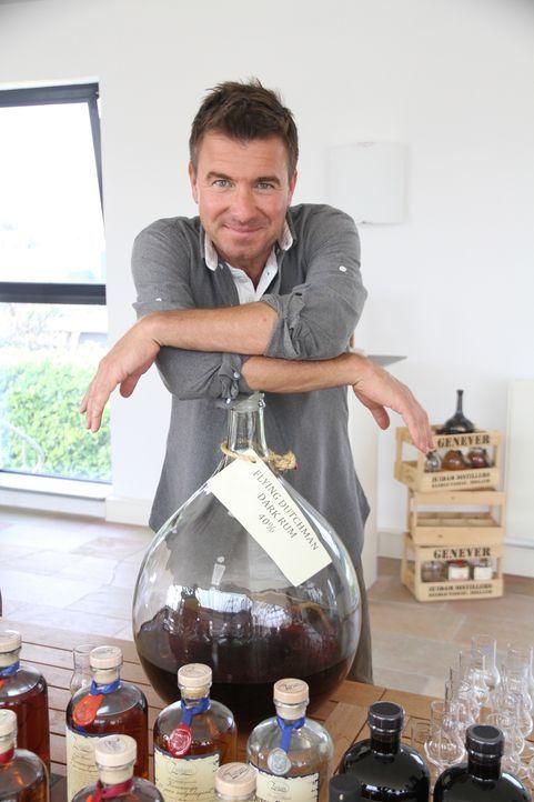 Fässer mit den feinsten, holländischen Tropfen wie Rum oder Genever begeistern Jack Maxwell in den Niederlanden ... - Bildquelle: 2014, The Travel Channel, L.L.C. All Rights Reserved.