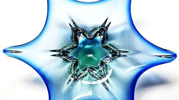 Murano-Glas zeichnet sich unter anderem durch seine brillanten Farben und die...