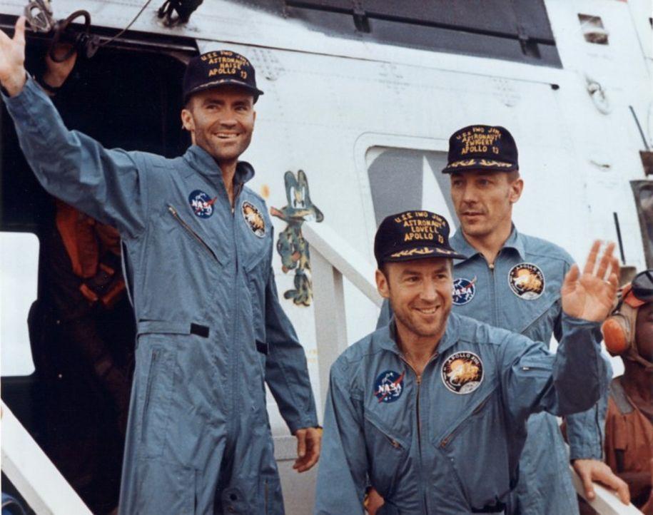 Der Mut und Einfallsreichtum der dreiköpfigen Apollo 13-Crew war eine der Sternstunden der NASA ... - Bildquelle: Nasa