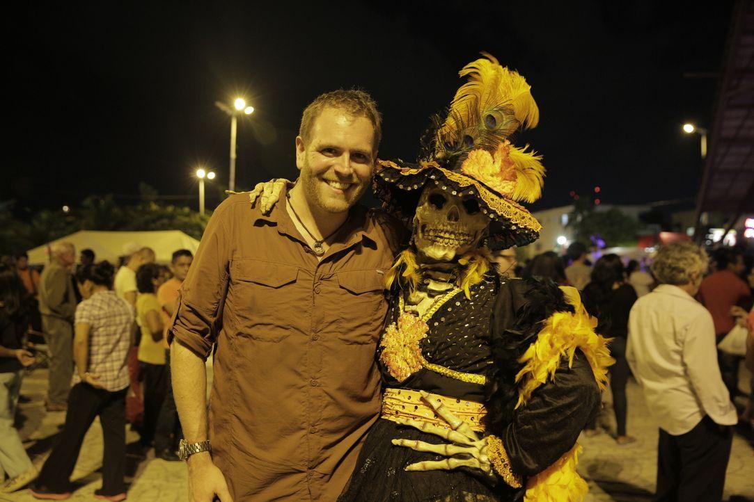 In Mexiko macht Josh (l.) einige erstaunliche Entdeckungen - und Bekanntschaften ... - Bildquelle: 2015, The Travel Channel, L.L.C. All Rights Reserved.