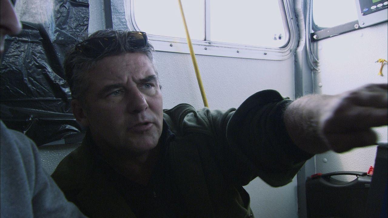 In der Conception Bay, Neufundland, führt Sean Dockrill ein Tauchteam an, das auf der Suche nach Bomben in zwei Frachtern ist, die während des Zweit... - Bildquelle: 2012 PIXCOM PRODUCTIONS INC.